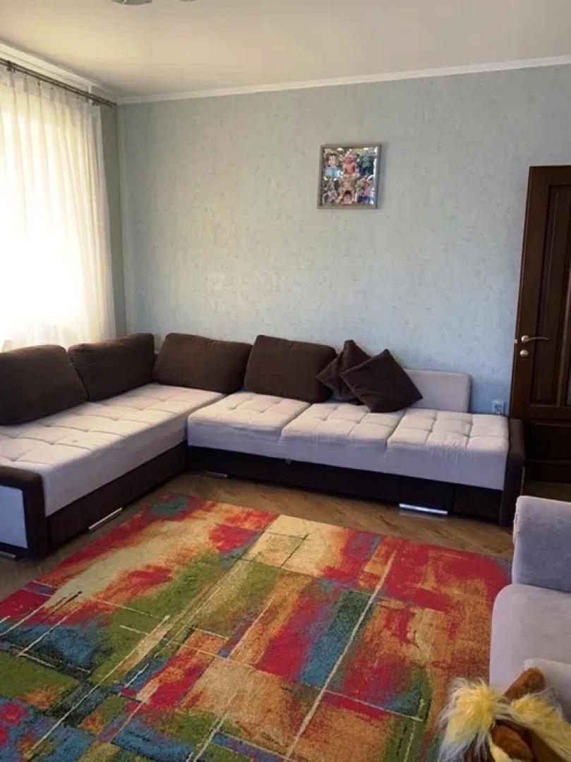 продажа трехкомнатной квартиры номер A-148353 в Суворовском районе, фото номер 8
